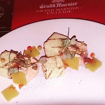 Mousse de foie gras, argousier, chutney orange et thé