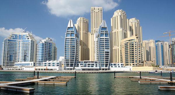 Saviez-vous que le vol entre Toronto et Dubaï dure près de 12 heures?