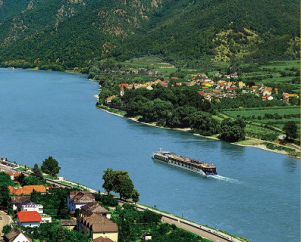 Parcourez le Danube à la recherche des vignes!