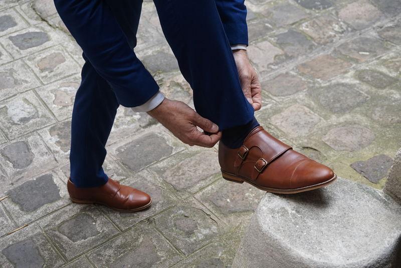 Le style, c est bien entendu l harmonie générale de votre look et des  vêtements que vous choisissez. Mais cela passe aussi par les petits détails  qui font ... 6d67d2d674b8