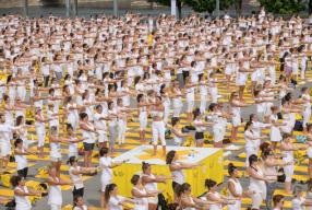 Fans de yoga: Lole White Tour, une expérience qui vous fera du bien!