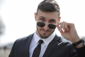 Décuplez vos cils à l'aide de ce top 3 mascaras pour hommes!