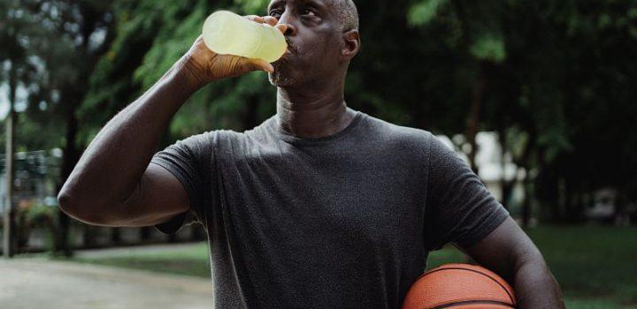 Santé des hommes : Suivez ces conseils nutritionnels lors de déshydratation