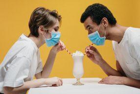 La santé des hommes: comment fonctionne la vaccination contre la COVID-19 ?
