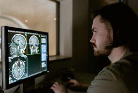 Santé des hommes: L'impact psychique d'un diagnostic de cancer